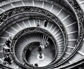 Un escalier en métal pour donner du charme à votre salon